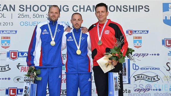 France has taken the two top places in 300m Rifle 3 Positions Men and won the gold in the team competition with a world record