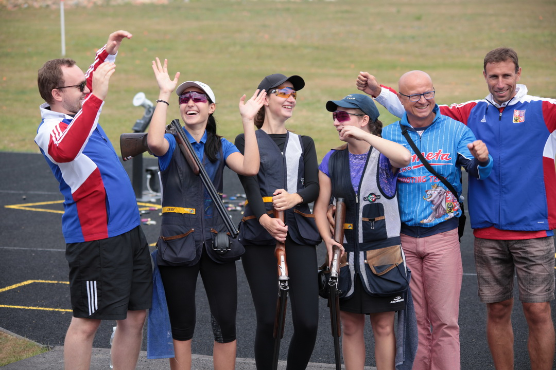 Italy and Czech Republic ruled in Skeet Men and Women Junior competitions