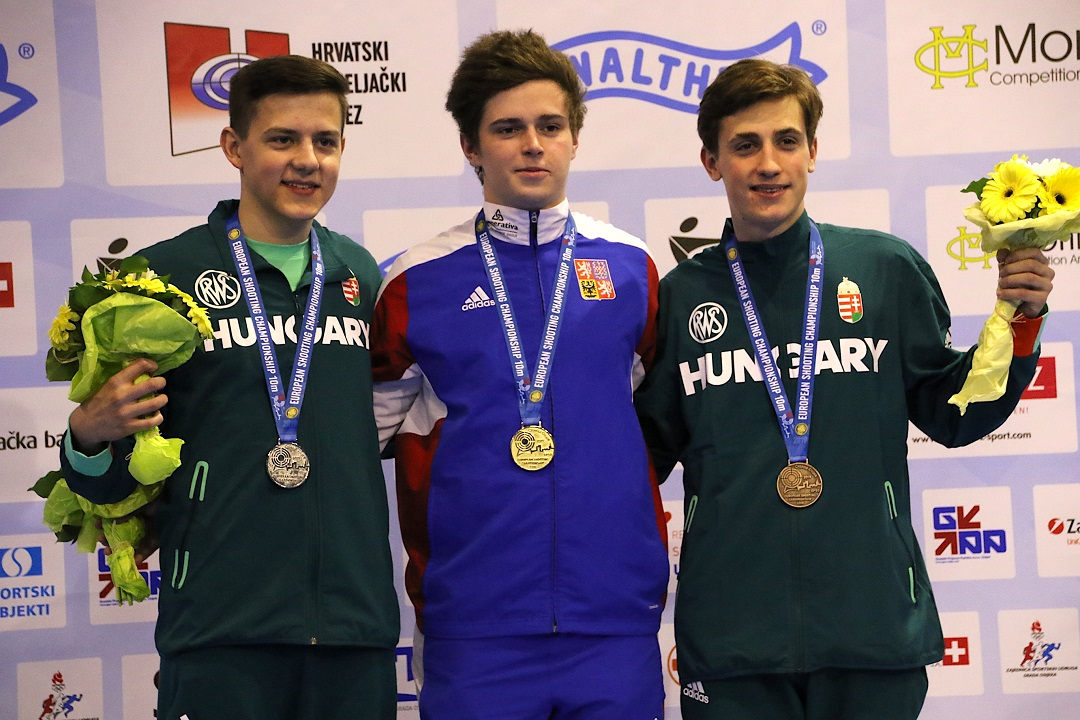 Filip Nepejchal superior in 10m Air Rifle Men Junior with new European Record
